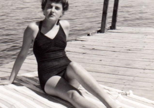YOLANDE DUFOUR AUDET, MA MÈRE * 1949